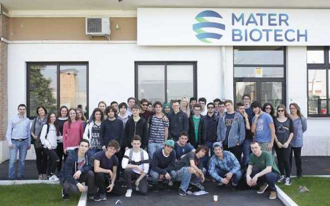 Novamont@school: Novamont's project on bioeconomy for studends